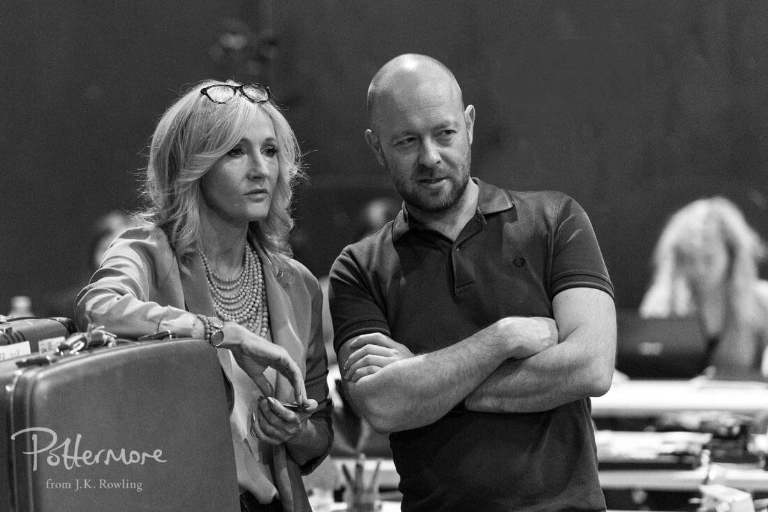 J.K. Rowling และผู้กำกับ John Tiffany