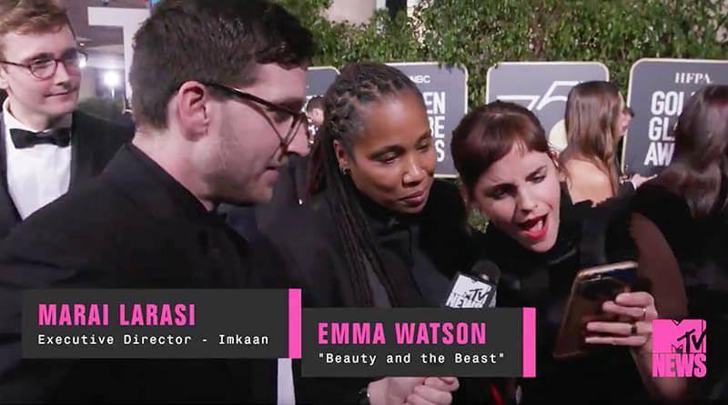 ปฏิกิริยาเมื่อ 'เอ็มม่า วัตสัน' เห็นภาพของ 'อัลบัส ดัมเบิลดอร์' วัยหนุ่มที่รับบทโดย Jude Law !